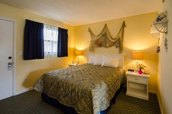 Indialantic, FL: One bedroom suite