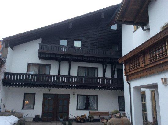 Hohenau, Alemania: Side entrance