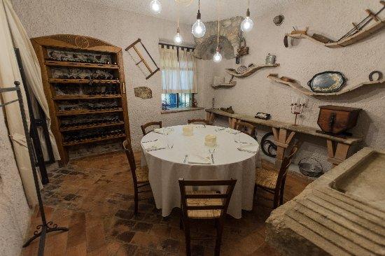 Trattoria Al Ghiacciarolo : stanza incantata