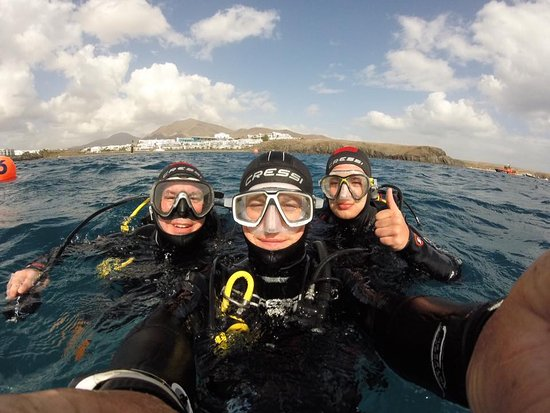 bddcced2e4ddbc Scuba diver cert. while staying with family at the Hesperia Hotel ...