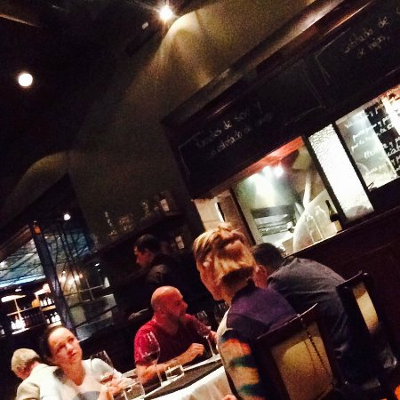Pura Tierra: Interior of restaurant