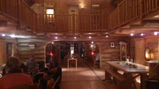Duhamel, Kanada: salon en desous des chambres idéal pour ne pas dormir !!