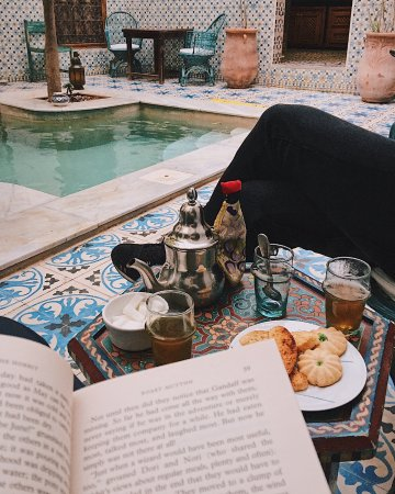 Riad Yamina : Tea break