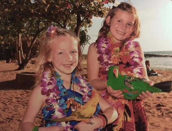 Paradise Cove Luau: exotic birds