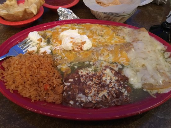 Cafe Coyote: Enchiladas Verde