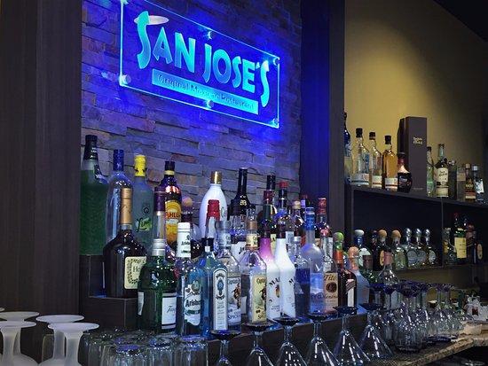 Leesburg, FL: Beautiful bar