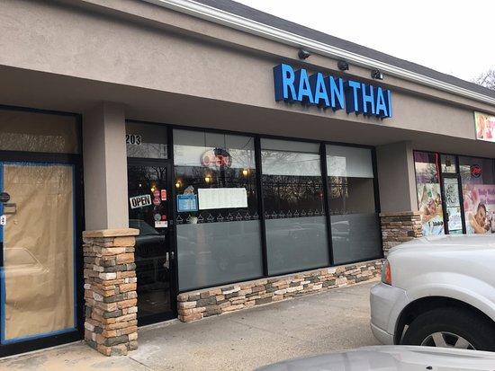 Raan thai smithtown omd men om restauranger tripadvisor for 22 thai cuisine new york ny