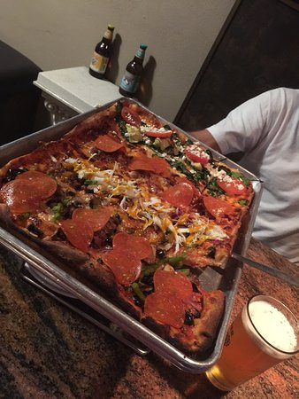 Panheads Pizzeria: photo0.jpg