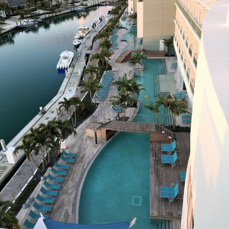 Bimini: looking down from the 5th floor pool and Monkey Bar