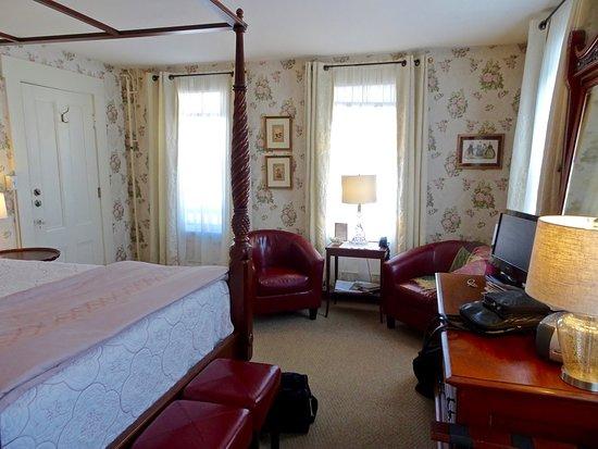 Eaton, Нью-Гэмпшир: Cozy Nook with Comfy Seats, Room #5