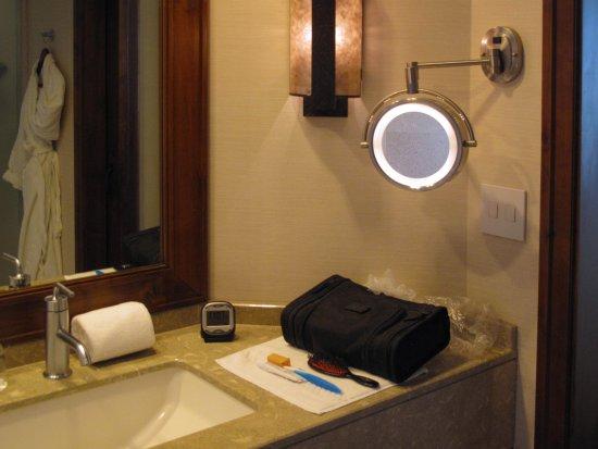 Ritz Carlton - Dove Mountain - Third Floor King room - Makeup mirror ...