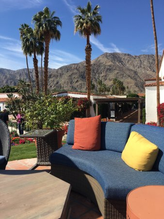 La Quinta, CA: Beautiful resort. Service and food were great. The Spa is not as high end as other places I've b