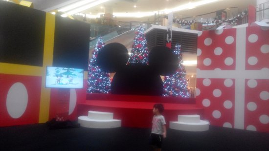 Paradigm Mall: Xmas Event happening during 2016 christmas