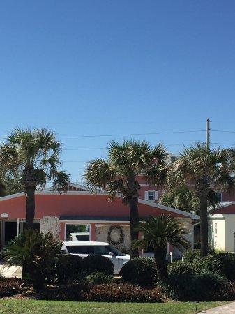 Windemere Inn by the Sea Photo
