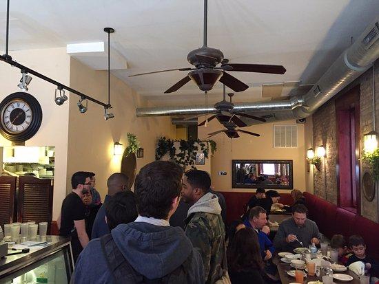 Old Jerusalem Restaurant : Inside