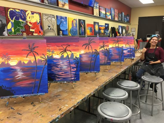 Painting With a Twist : photo2.jpg