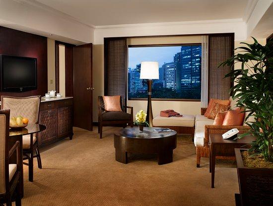 เดอะเพนินซูลา มนิลา: Premier Suite - Living Room