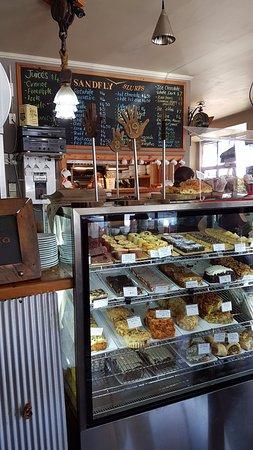Sandfly Cafe: Inside the cafe