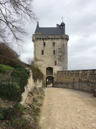 Forteresse royale de Chinon: photo0.jpg
