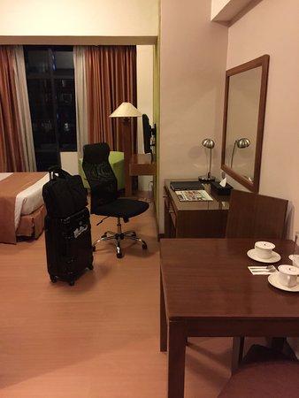 F1 Suites Manila
