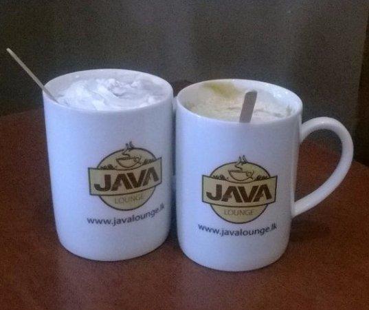 Caramel Macchiato and Java Signature Hot Chocolate - Picture of Java
