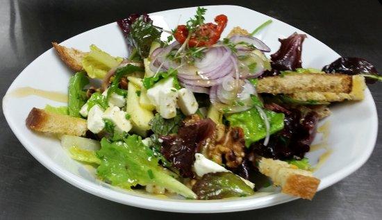 Grouw, Países Bajos: Geitenkaas salade.