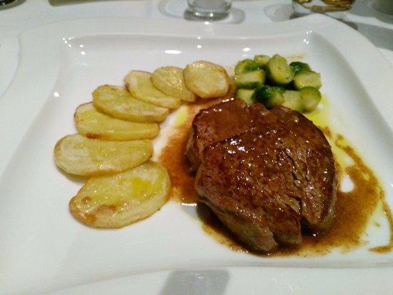 Kastav, Kroatien: steak