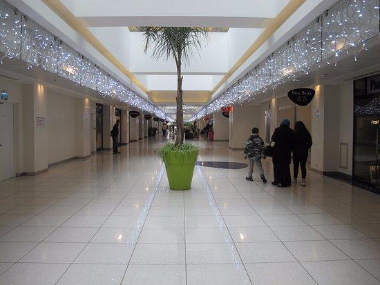 Park Mall: les magasins