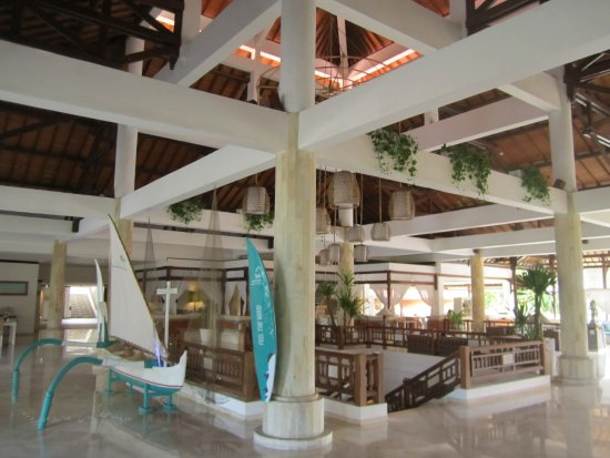 Sol Beach House Benoa Bali by Melia Hotels International: Reception area