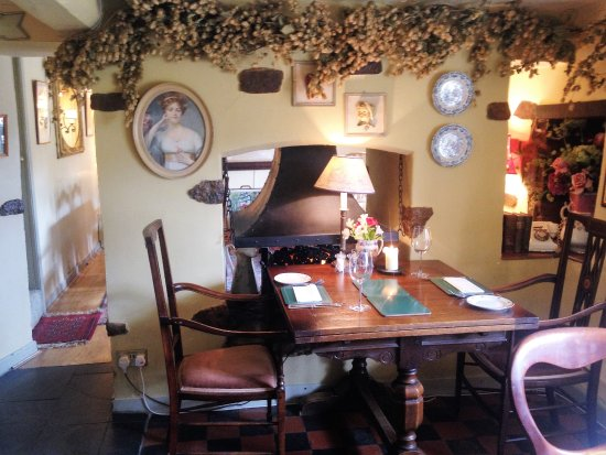 The Fox and Hounds: Dining Area