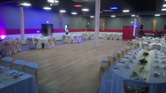 Ponts, Frankrijk: Salle de séminaires, de réception grande capacité