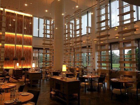 Hyatt Regency Grand Cypress: Lakehouse Restaurant, casual dining
