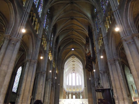 Chartres Cathedral: 教堂頂部