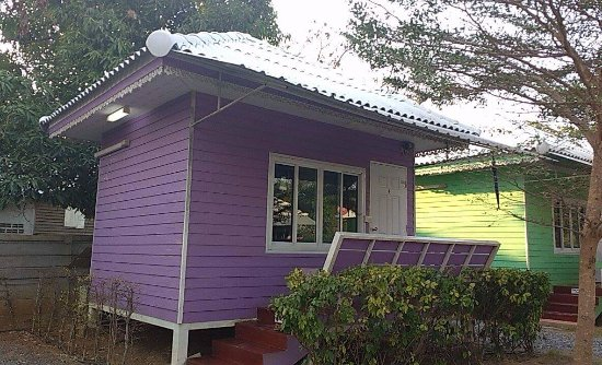Bobbys Apartment and Jungle Tours : Our little cabin