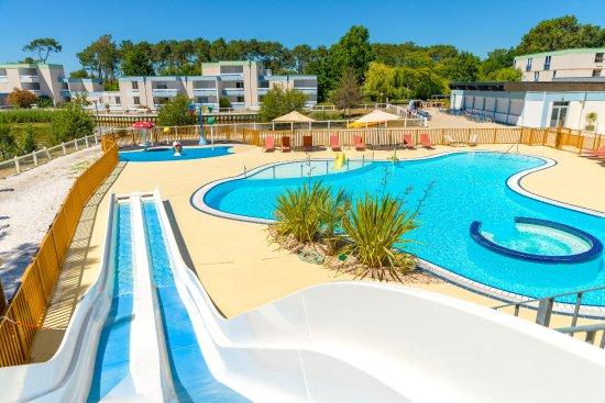 Lacanau, France: espace piscine du Village Vacances