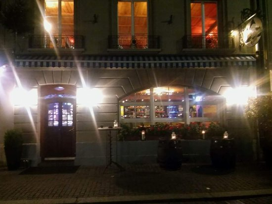 Burgdorf, Schweiz: Costa's Lounges 4 You