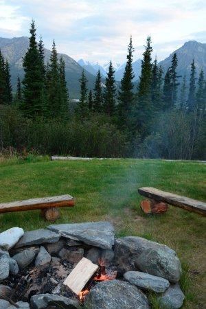Glacier View, AK: Campfire