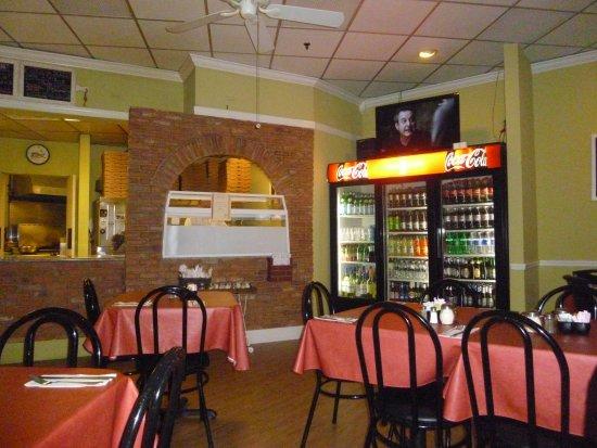 Peppi's Pizzeria: Lugar
