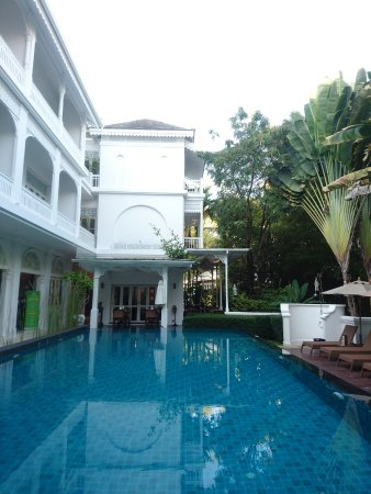 Pool from reception end looking up at room 1 with the narrow balcony