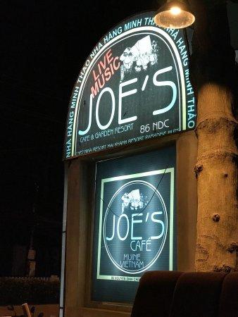 Joe's Cafe : Это отличное место для проведения вечера.