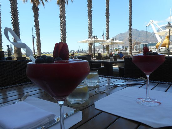 The Table Bay Hotel: Perfect Sunday afternoon