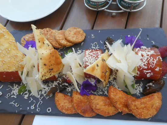 The Table Bay Hotel: Goats cheese delight