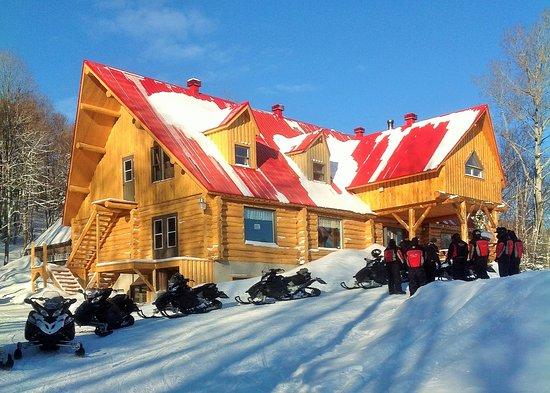 St-Donat de Rimouski, Kanada: Auberge en bois rond