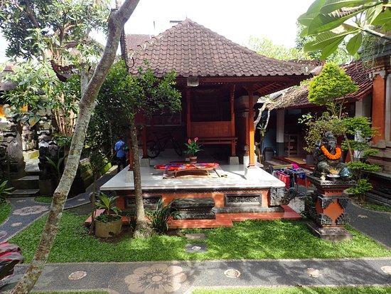 Sayong House : espace repos pour la famille ?