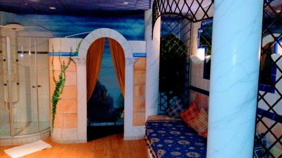 Bad Ditzenbach, Deutschland: Saunabereich im Römischen Stil gehalten