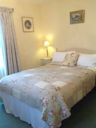 Garth Dderwen Guest House: Room 2