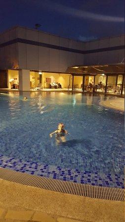 Changi swimming pool singapore 2018 all you need to - Swimming pool singapore opening hours ...