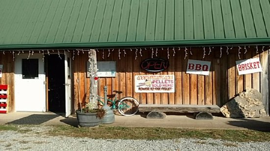 Hohenwald, TN: Front of the Restaurant