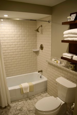Indiana Memorial Union Biddle Hotel And Conference Center: Newly Renovated  Bathroom