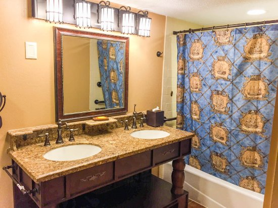 Disney S Caribbean Beach Resort Bathroom In A Pirate Themed Room Available For An Additional
